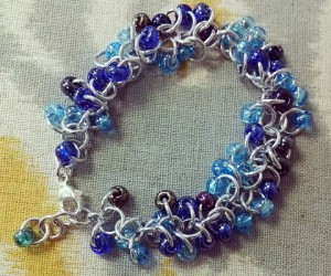 Beaded Chain Maille Bracelet Shaggy Loops Bellabor